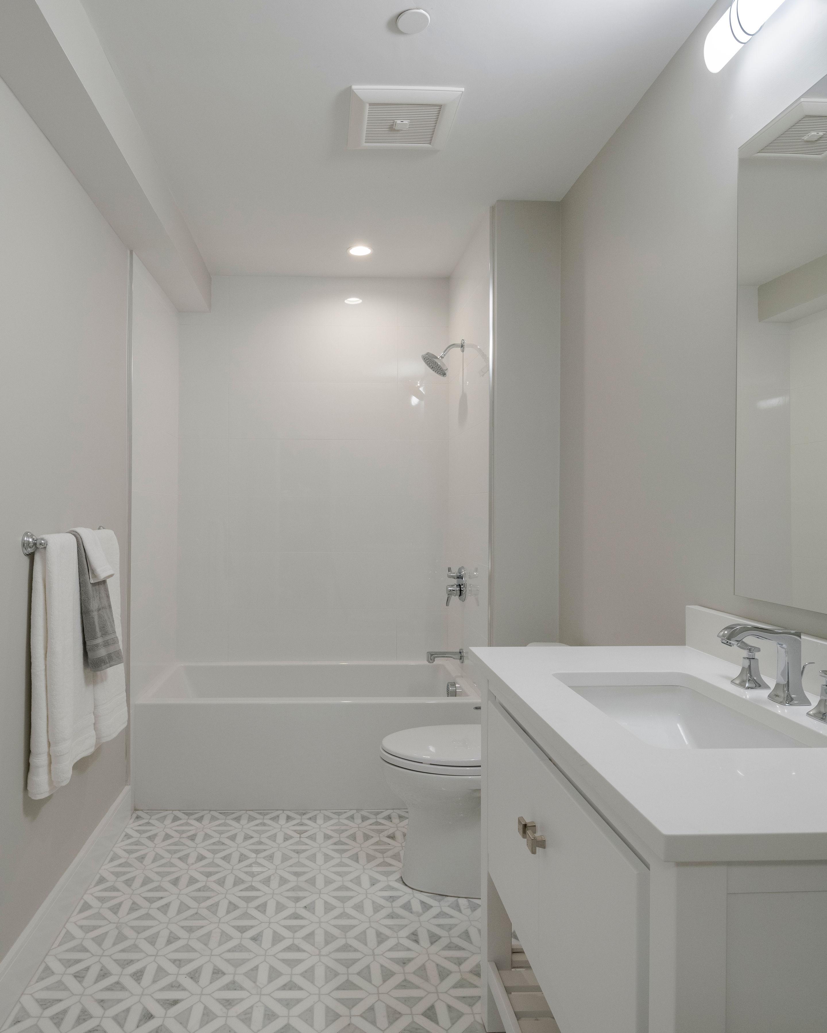 59 Auburn St. 2nd bath