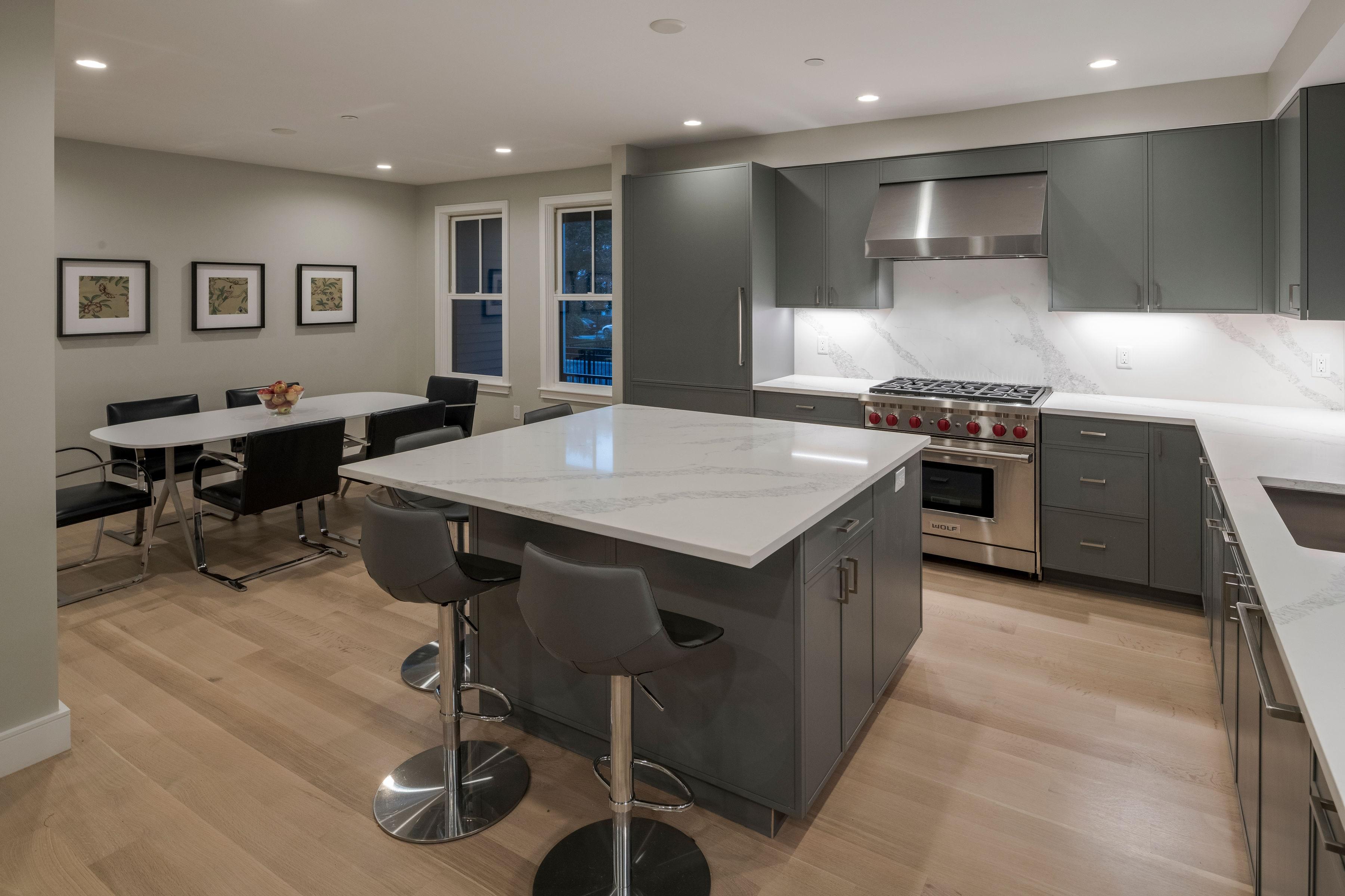 59 Auburn St. Kitchen 2